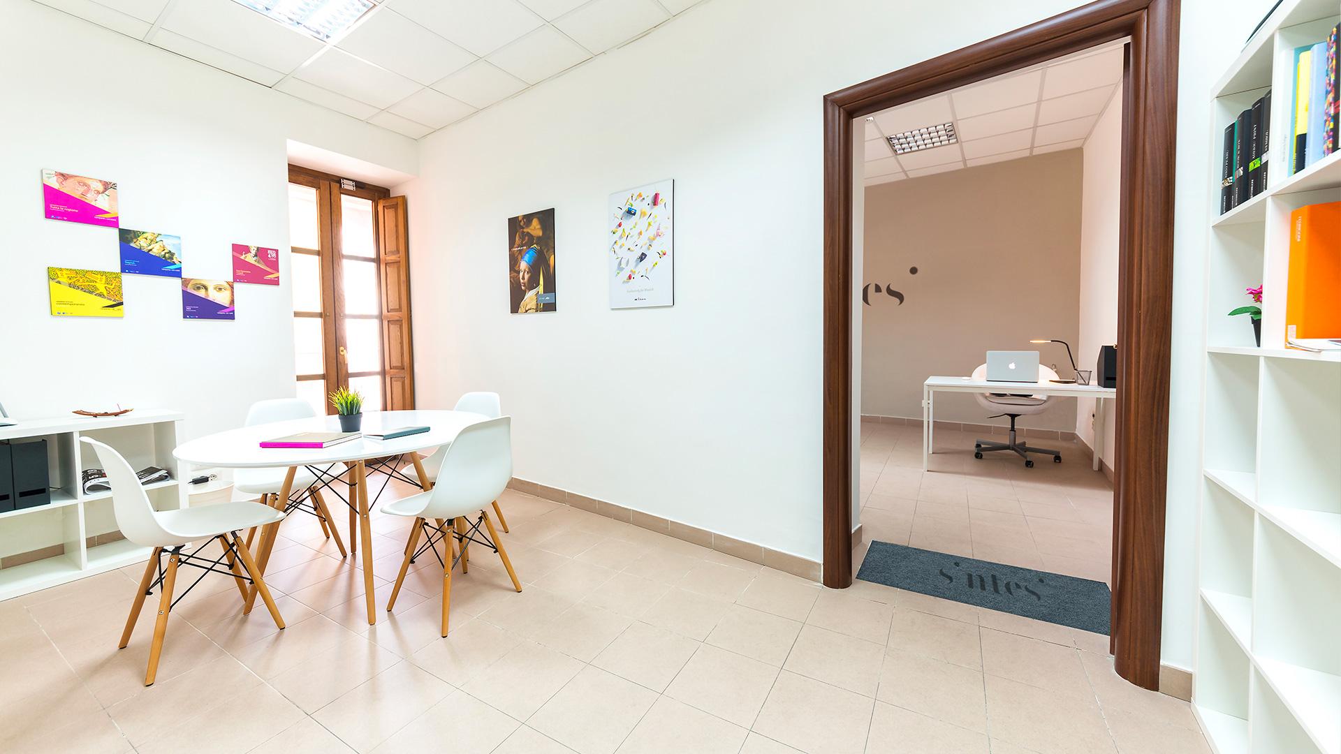 sala riunioni agenzia pubblicitaria a Napoli